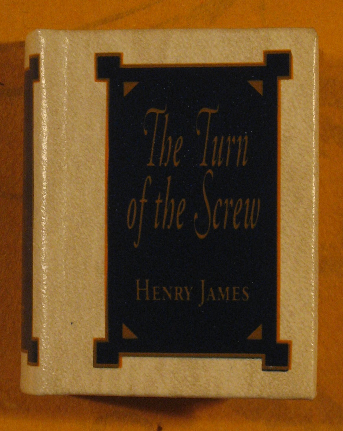 Image for The Turn of the Screw (The Miniature Classics Library)