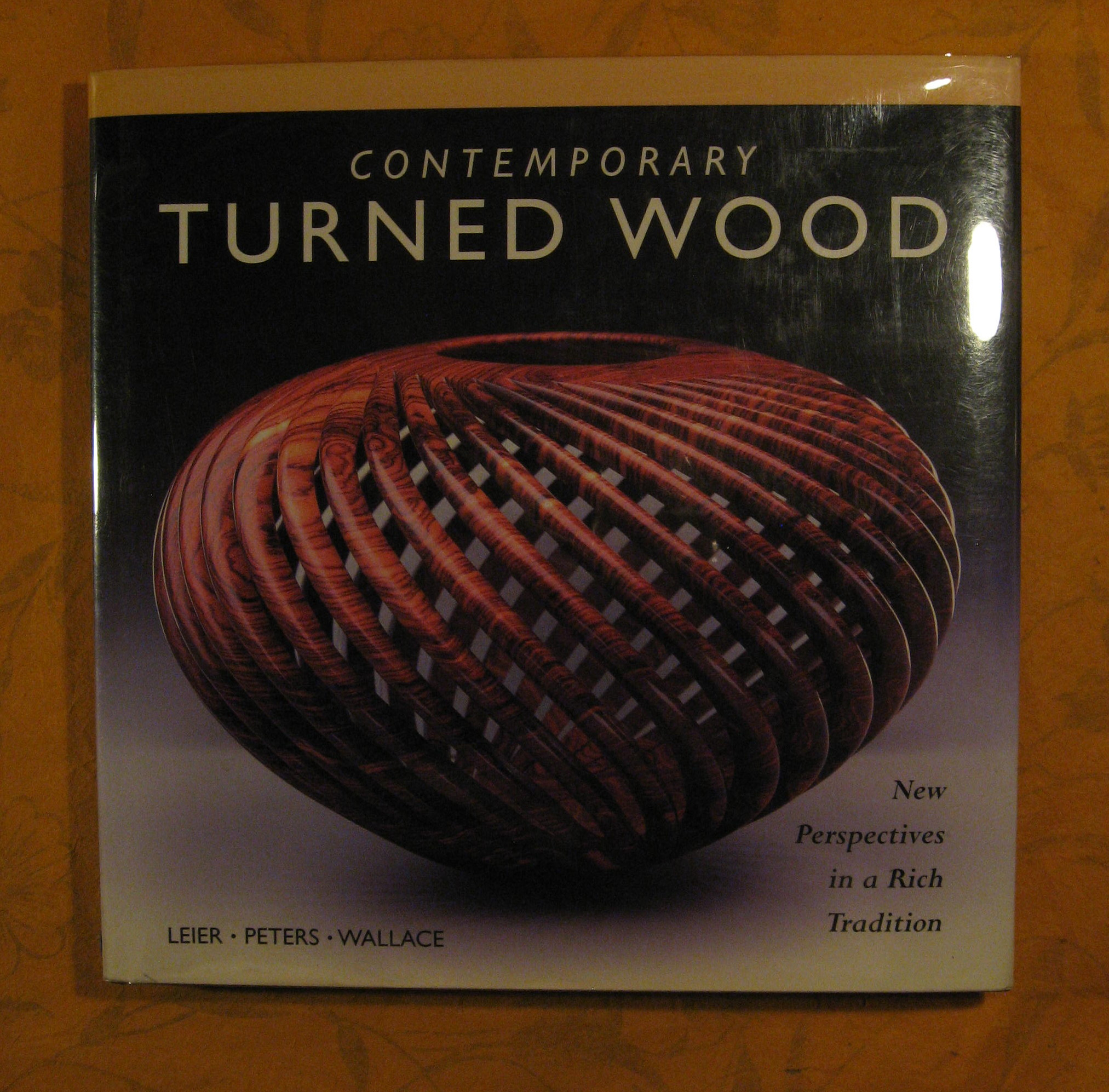 Image for Contemporary Turned Wood: New Perspectives in a Rich Tradition